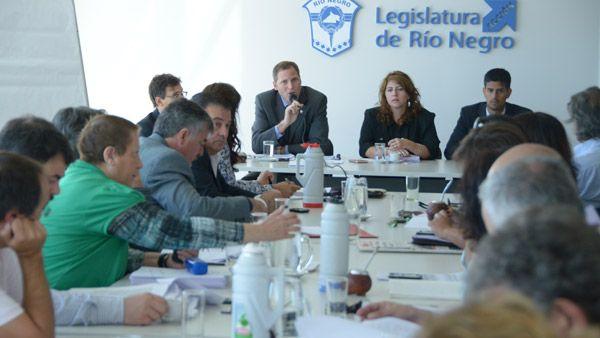 Palmieri informó a los legisladores sobre Presupuesto y reforma impositiva