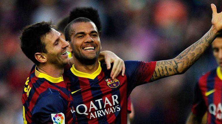 La frase que ilusiona: Messi avisó que quiere alcanzar a Dani Alves
