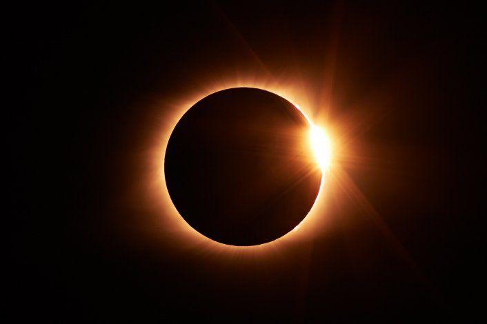 Al eclipse solar 2020 lo seguirá una conjunción de Júpiter y Saturno