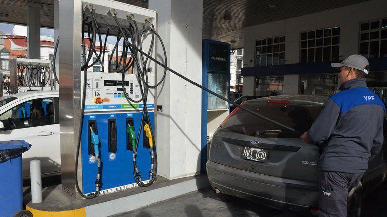 ¿El 2020 cierra con un aumento en las naftas?
