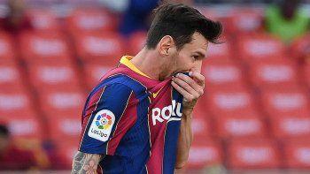 Pobre Messi: el fastidio con sus compañeros y la jugada que casi cambia todo