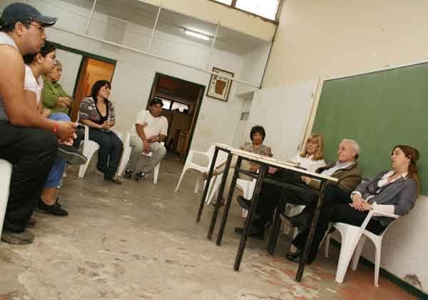 Odarda visitó Cipolletti y expuso sus propuestas