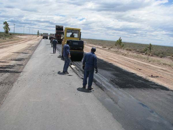 Repavimentación de la ruta 70 al Lago Pellegrini