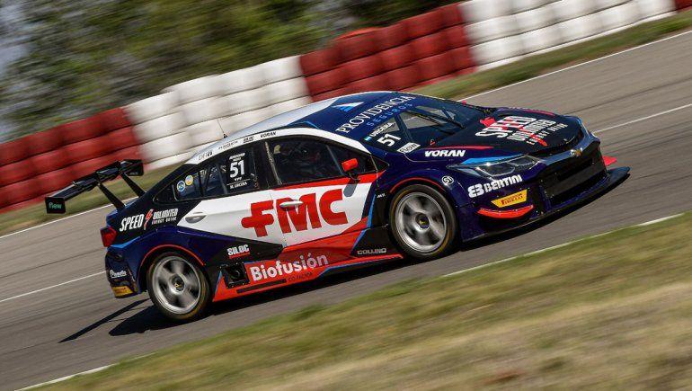 Manu Urcera se llevó la pole position en la cuarta fecha del Súper TC2000