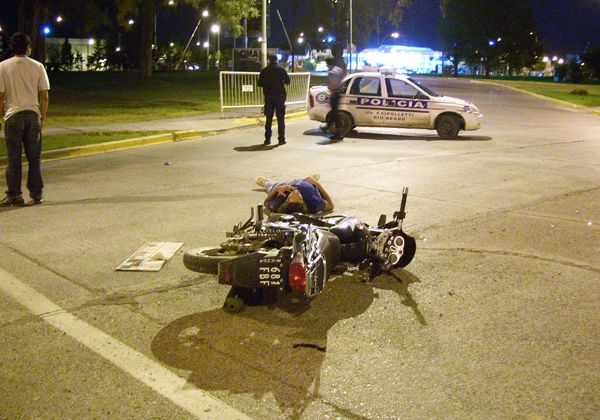 Dos heridos en distintas esquinas