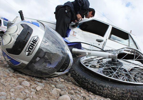 Una moto protagonizó un duro choque