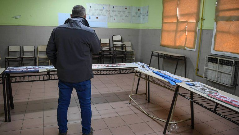 Se aprobó la ley que posterga un mes las PASO y las elecciones generales