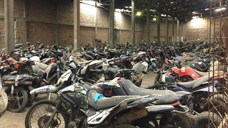 Inició el desguace de 1300 motos secuestradas en controles de tránsito