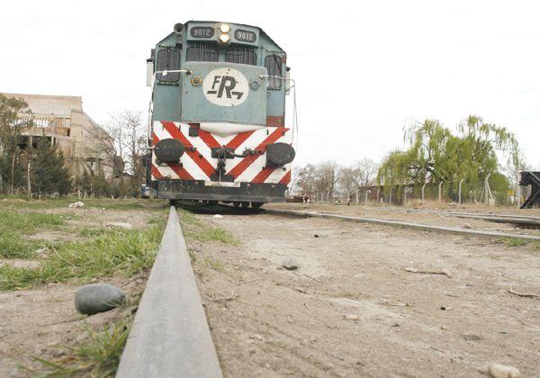 Quieren rehabilitar el ramal ferroviario Cipolletti-Barda del Medio