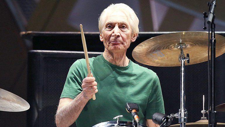 El rock de luto: murió Charlie Watts, el baterista de los Rolling Stones
