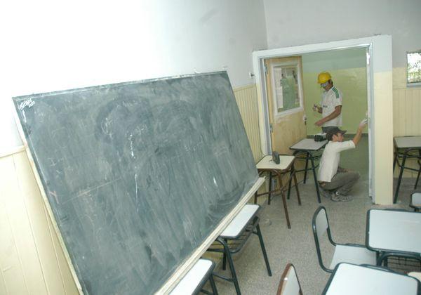 Problemas en tres escuelas cipoleñas