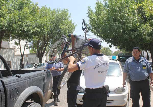 Ciclistas involucrados en dos accidentes