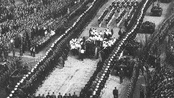 Evita, la jefa espiritual de la Nación a la que no dejaron descansar en paz