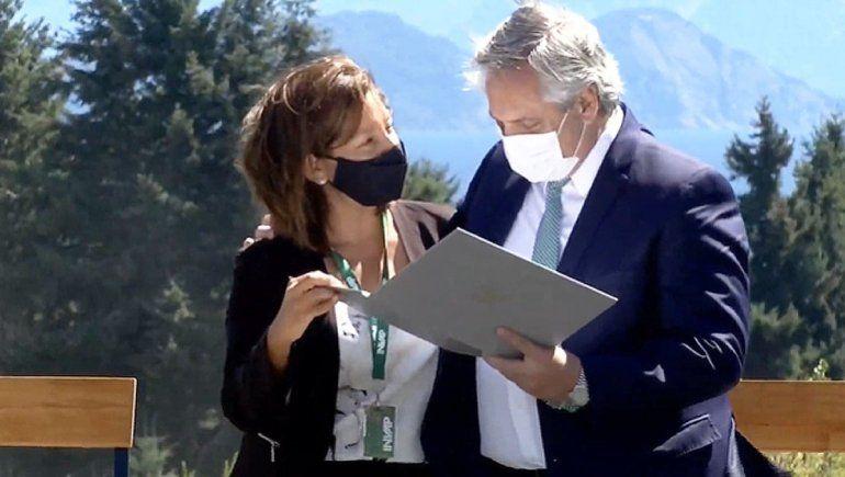 Fernández y Carreras firman acuerdo para provisión de radares 3D construidos por Invap