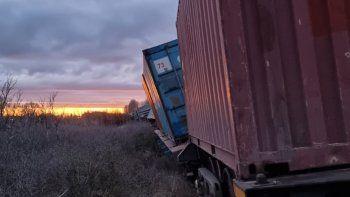 chimpay: descarrilo un tren de carga que venia al alto valle
