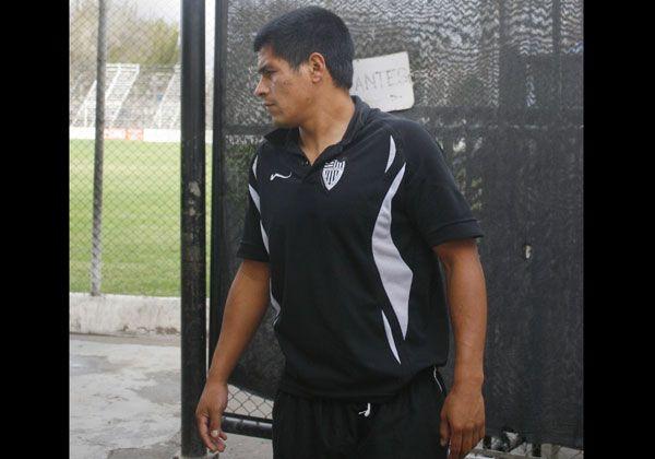 Cipolletti extiende su espera por Muñoz