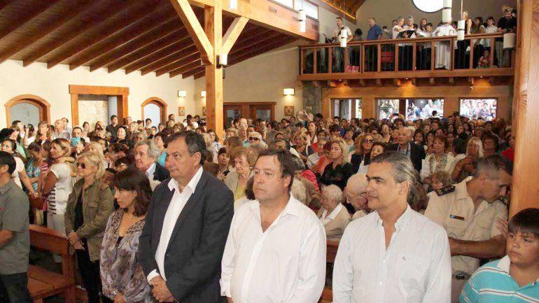 El gobernador Weretilneck participó de la reinauguración del templo.