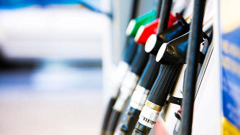 Los expendedores controlarán e informarán si hay desabastecimiento por el congelamiento de los combustibles
