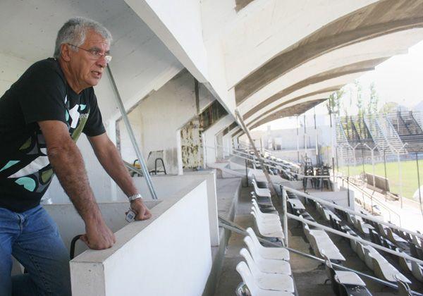 """El club Cipolletti comienza con la construcción de los palcos de """"La Visera"""""""