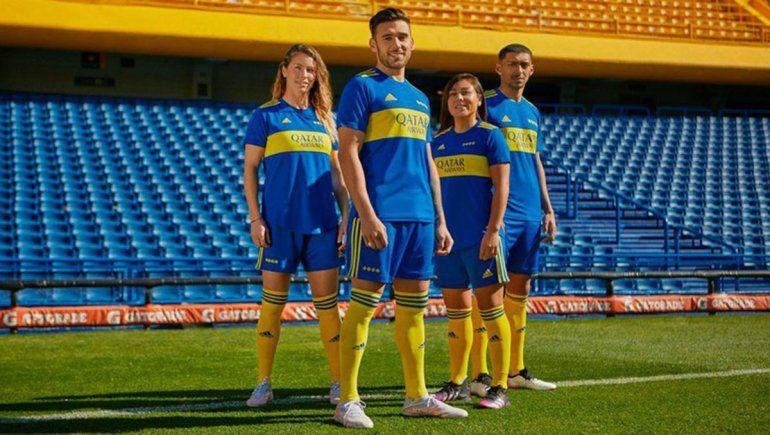 Boca presentó su nueva camiseta con homenaje a Maradona