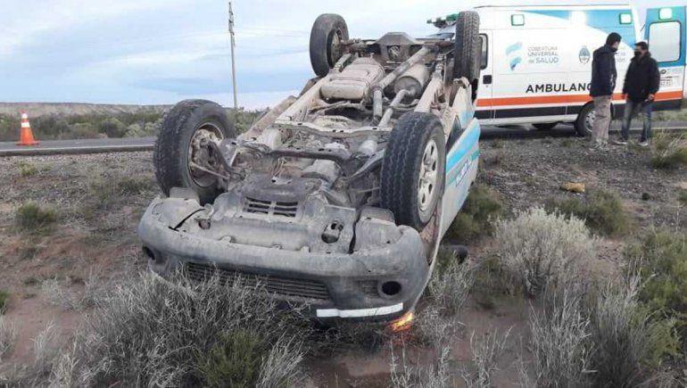 Choque y vuelco sobre la Ruta Nacional 151 dejó dos personas heridas