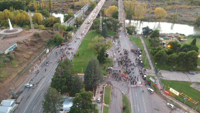 Organizaciones sociales levantaron el corte en los puentes