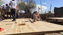 construyeron ocho casas de emergencia en el barrio martin fierro