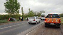 una mujer resulto herida en un brutal vuelco sobre la ruta 151