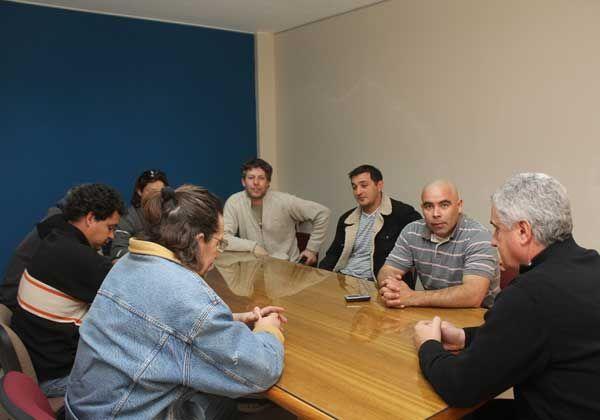 Baratti se reunió con ocupantes