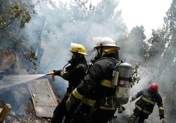 Bomberos de la ciudad capacitarán sobre incendios estructurales