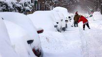 las impactantes imagenes de la tormenta de nieve que azota a ee.uu.
