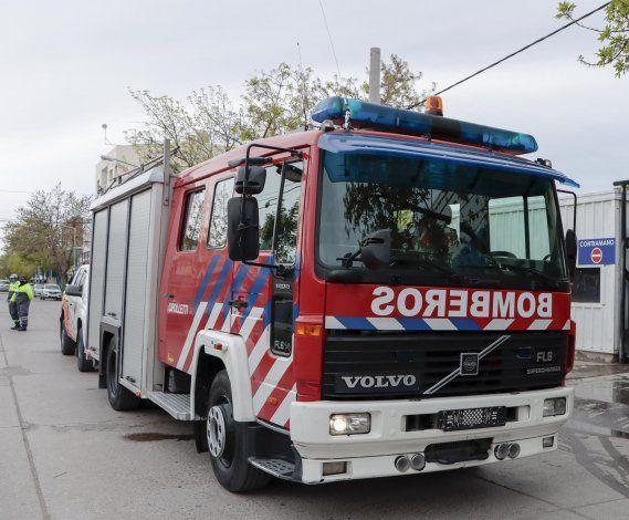 Incendio en un lavadero de autos de calle Pacheco
