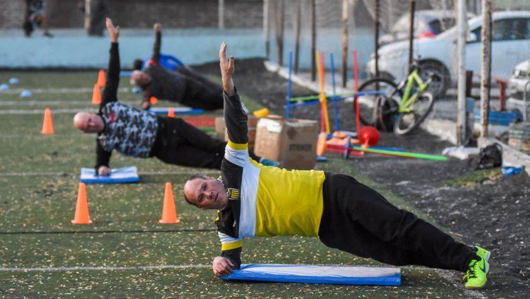 En Neuquén piden igualdad para volver a entrenar