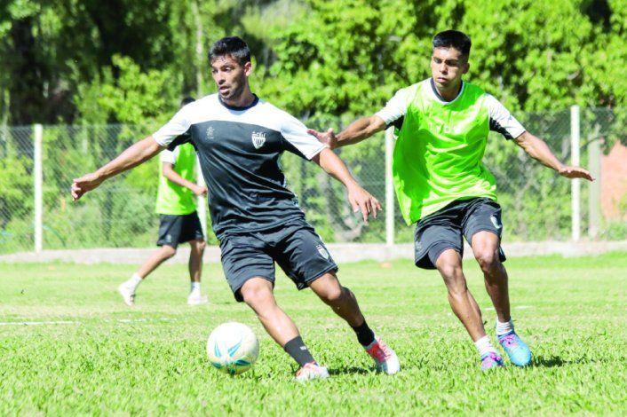 Meza ha formado un támdem importante con Silva y Mellado en el medio.
