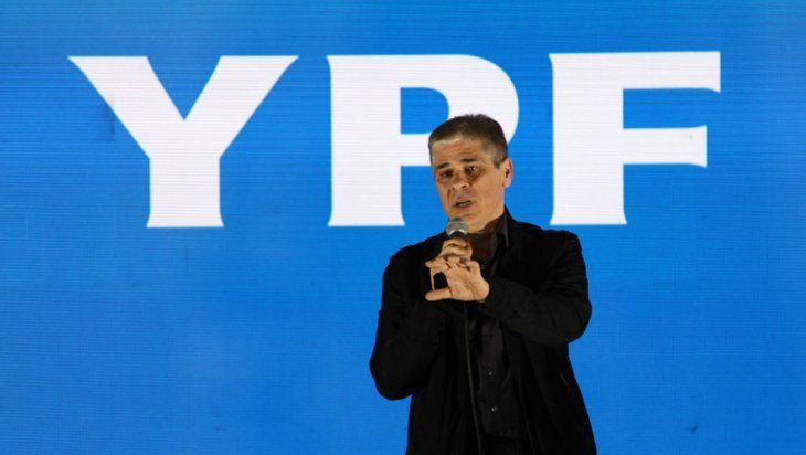 El presidente de YPF ratificó que no habrá más subas de combustibles