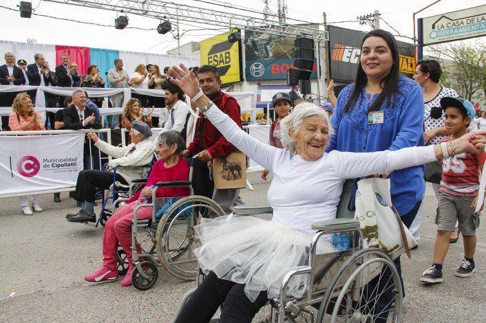 Aniversario de Cipolletti: ya abrieron las inscripciones para participar del desfile