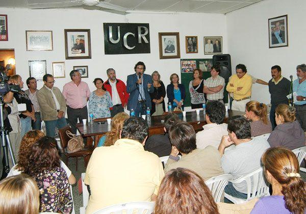 Emotivo homenaje a Raúl Alfonsín