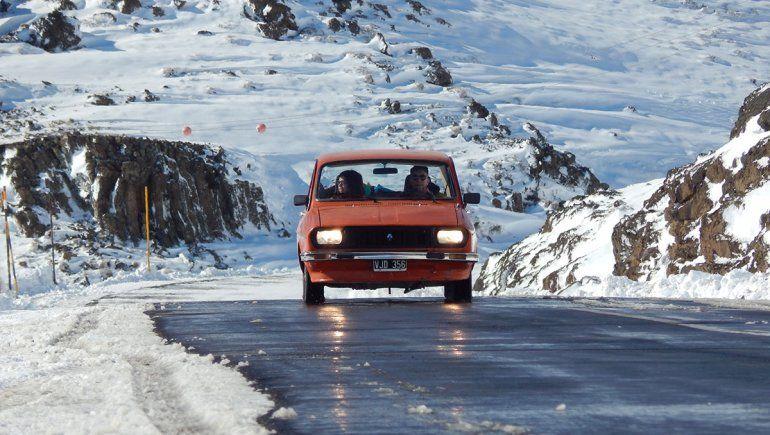 El Renault12 que desafió la cordillera neuquina y se hizo viral