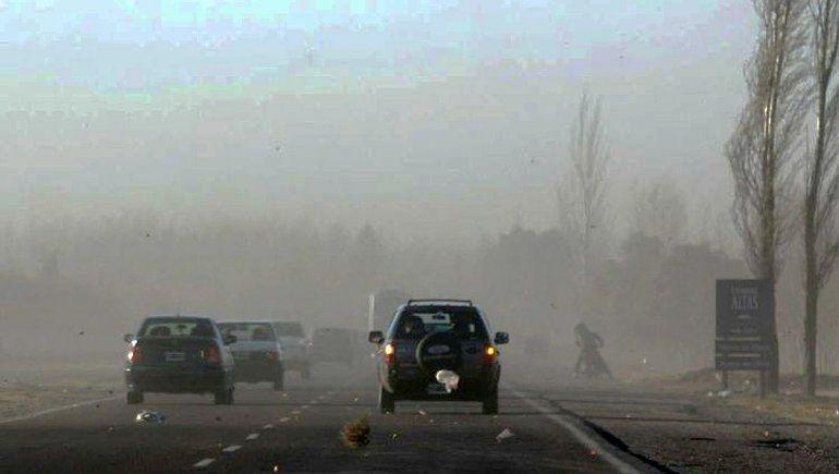 Alertan por fuertes ráfagas de viento en el Alto Valle