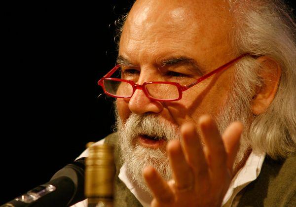 Juan Sasturain expone  El trabajo del escritor