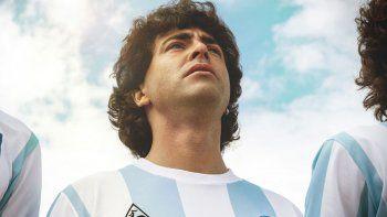 Euforia mundial por el estreno de Maradona: Sueño Bendito