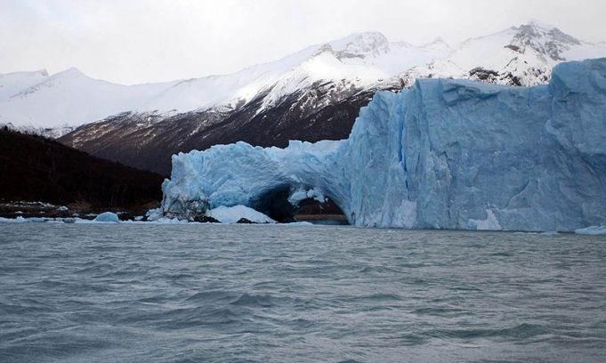 El glaciar Perito Moreno ya inició el proceso que culmina con su imponente rompimiento