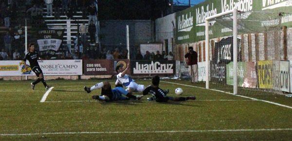 Cipo derrotó a Alvarado en La Visera