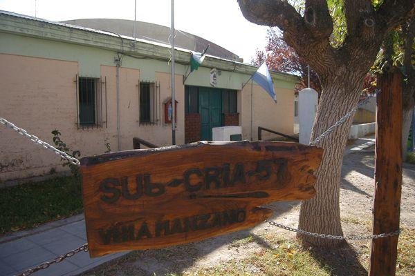 Detienen a dos personas con drogas en Villa Manzano