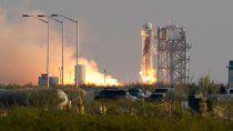 el millonario dueno de amazon viajo al espacio para hacer turismo