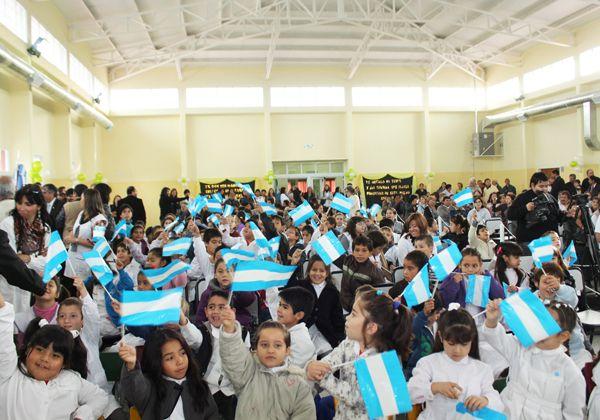 Inauguraron obras escolares en Catriel