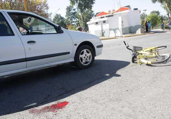 Ciclista arrollada en el centro de Allen