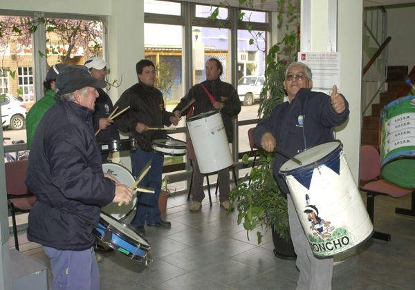 Trabajadores realizaron una protesta en la Municipalidad de Allen