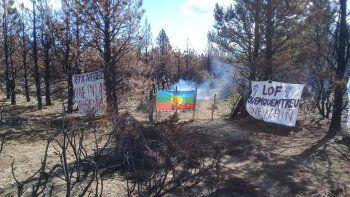 comunidad mapuche usurpo un campo privado en el bolson
