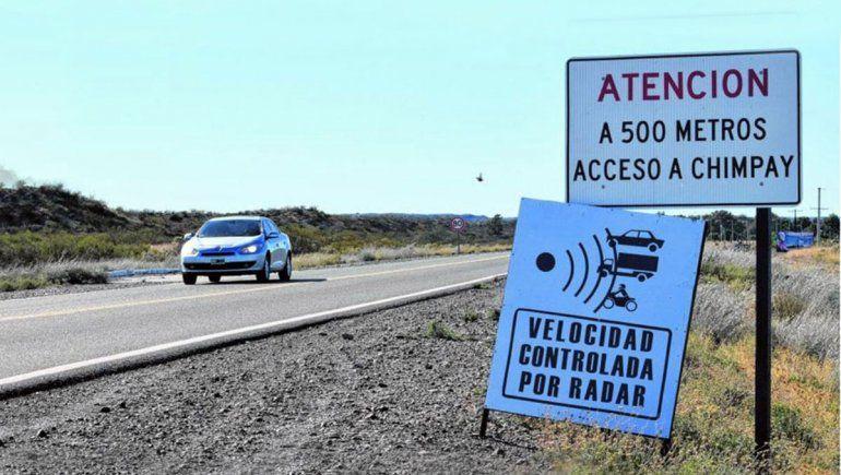Darwin y Chimpay continúan cobrando multas ilegales en Ruta 22